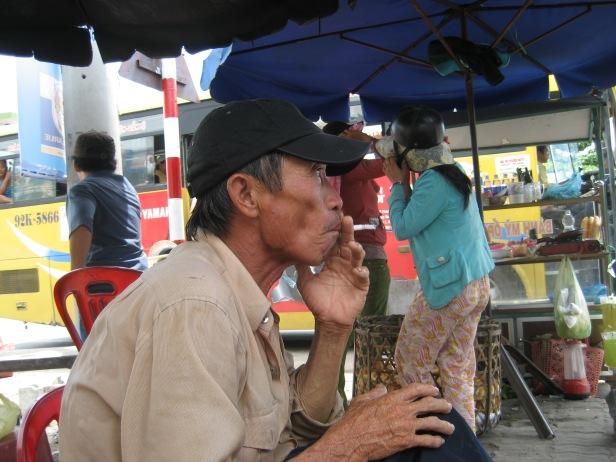 HINH PhongSuLDV 20130710 Những ông xe đạp thồ - Sau một ngày lao động vất vả